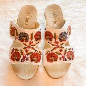 ALEGRIA Embroidered sandals